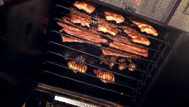 Smoke Beef Ribs in a Smoker